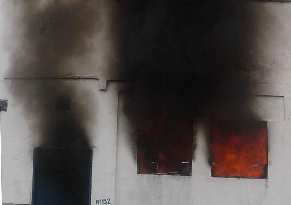 Incêndio em casa mata três crianças em Paraty, no Rio de Janeiro