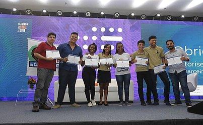 A equipe Robograma do Centro Juvenil de Ciências e Cultura conquistou o 1º lugar com Projeto Bag to Risk