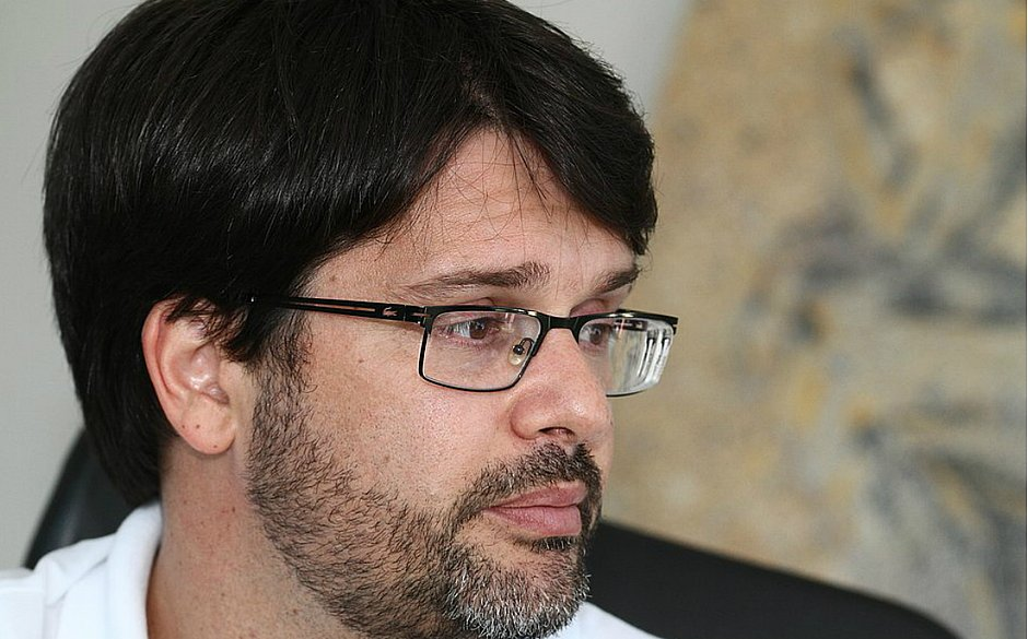 Guilherme Bellintani desabafou após derrota do Bahia na Vila Belmiro
