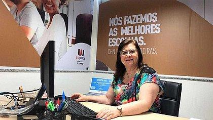 Ana Barros, da Unijorge, adverte para a má conduta nas redes sociais