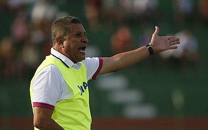 Arnaldo Lira critica escolha de novo técnico e elenco do Vitória