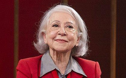 Fernanda Montenegro completa 92 anos e recebe homenagens