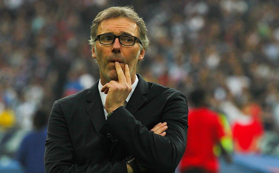 Laurent Blanc é o favorito para treinar Barcelona, diz jornal
