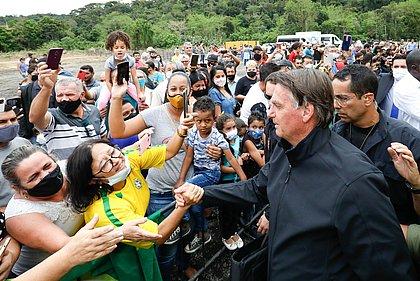 PoderData: Reprovação de Bolsonaro recua para 58% e aprovação cresce para 33%