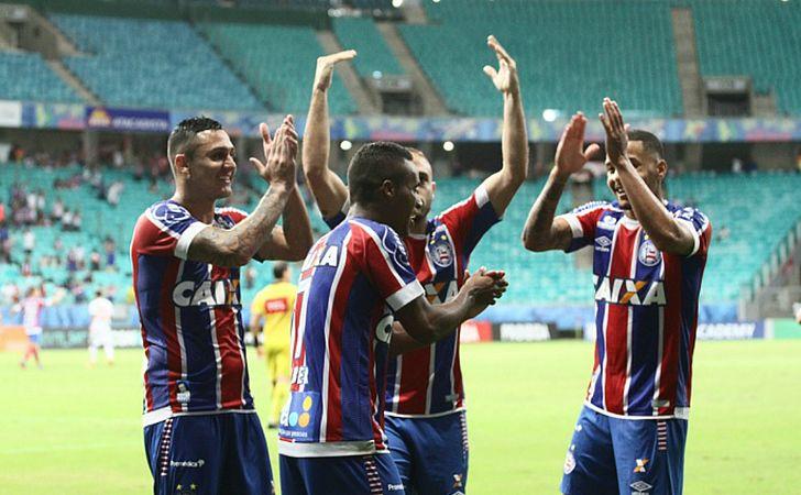 Jogadores do Bahia festejam segundo triunfo no Brasileirão
