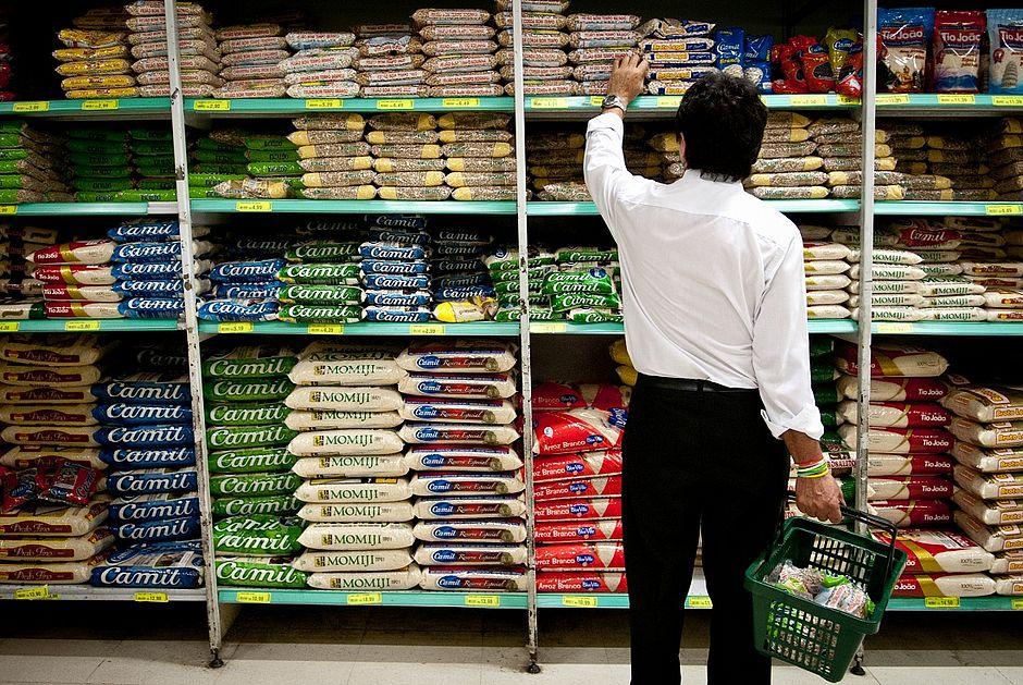 Mercado financeiro eleva estimativa para inflação pela quinta vez seguida