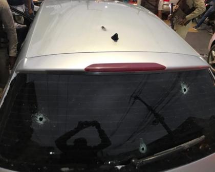 Cinco pessoas são baleadas dentro de um carro na Estrada das Barreiras, em Salvador