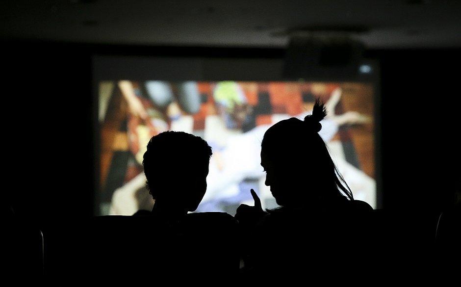 Decreto do governo estabelece cotas para exibição de filmes nacionais em cinemas