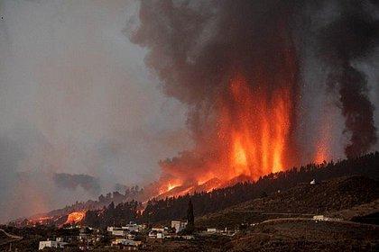 O que se sabe sobre a erupção do vulcão Cumbre Vieja, nas Ilhas Canárias