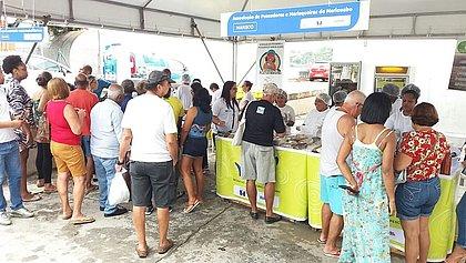 Já comprou o peixe da Semana Santa? Ribeira tem feira com descontos de até 40%