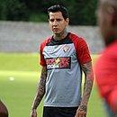 Victor Ramos será o capitão do Vitória diante do Vila Nova