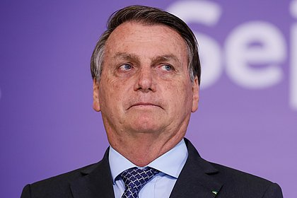 'Mais uma que Jair Bolsonaro ganha', diz Bolsonaro sobre suspensão de vacina