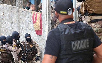 Nordeste de Amaralina: seis reféns liberados e bandidos suspeitos de balear PM presos