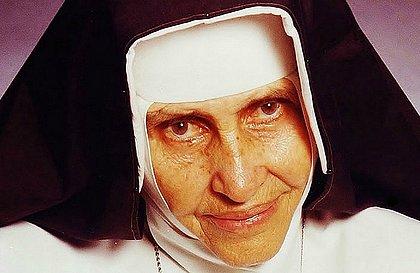 Começa hoje a distribuição dos ingressos para a festa pela Canonização de Irmã Dulce