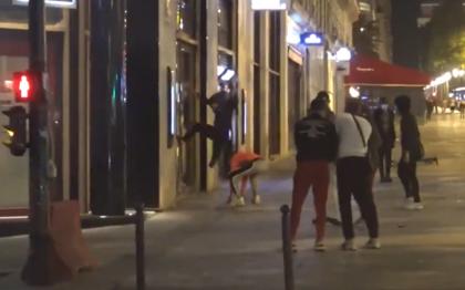 Torcida do Paris protestou após a derrota