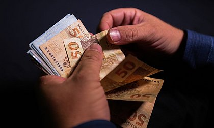 Inflação oficial sobe para 0,86% em outubro, diz IBGE