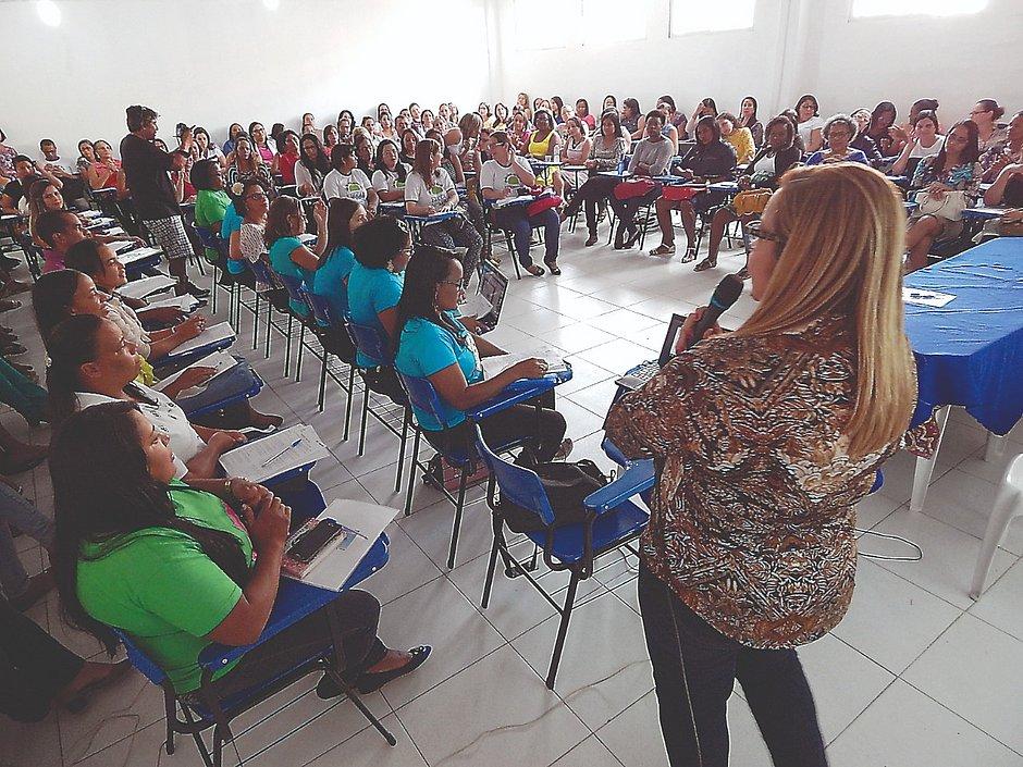 Itanagra e Cardeal da Silva se destacam pela formação continuada de educadores
