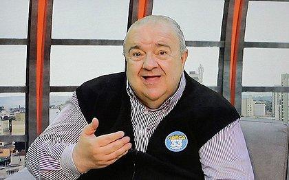 Rafael Greca, prefeito de Curitiba, sofre AVC isquêmico e é internado