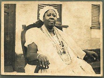 4 Mãe Ondina de Oxalá 1969-1975 Iniciada na Ilha de Itaparica na casa de seus pais, ela  ficou apenas seis anos no cargo