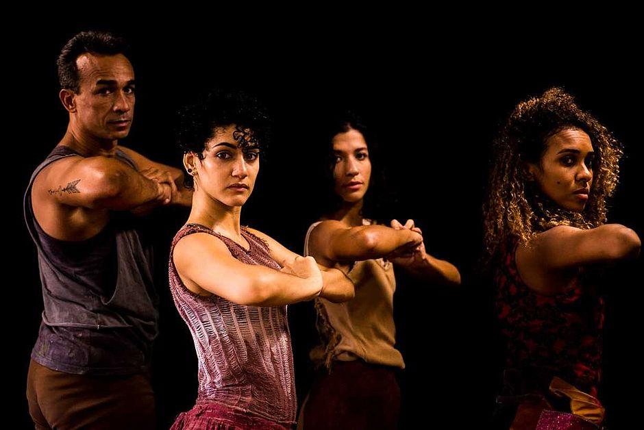 Espetáculo traz experiências nacionais e internacionais do coreografo Giovanni Luquini