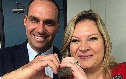 Eduardo Bolsonaro posta foto de Joice em cédula de R$ 3