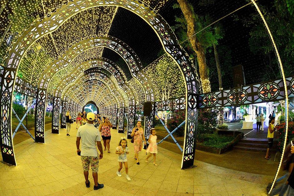 Decoração de Natal no Campo Grande atraiu 50 mil visitantes no primeiro fim de semana
