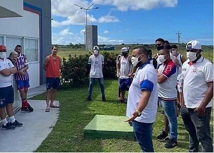 Integrantes da Bamor estiveram na Cidade Tricolor para cobrar diretoria e jogadores