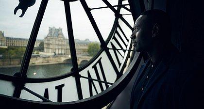 Omar Sy brilha no papel do ladrão Assane, na segunda parte de Lupin