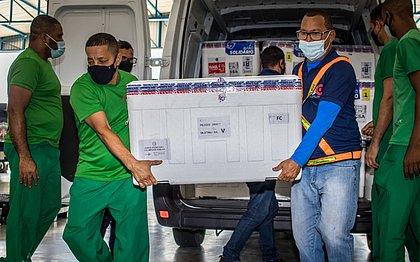 Vacinas da Pfizer/BioNTech chegaram segunda em Salvador. Ao todo, foram 26,9 mil doses para a cidade