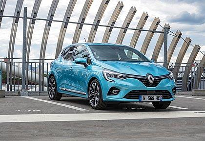 A Renault não oferece o Clio no Brasil desde 2016, mas na Europa o hatch continua sendo vendido