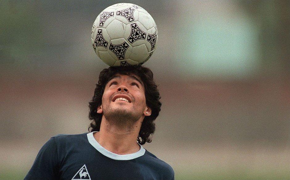 Entre altos e baixos: as polêmicas de Maradona fora dos gramados