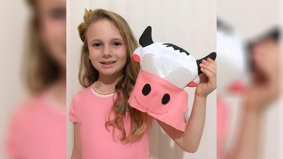 Máscara de gado vence concurso infantil lançado por Damares