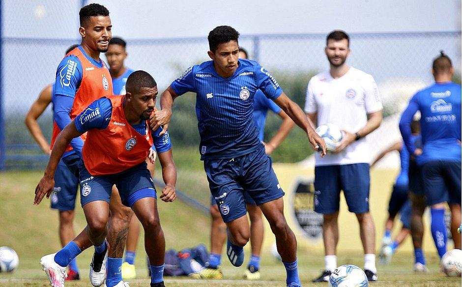 Promovidos do sub-23, Ramon e Fessin buscam primeiras chances no time principal