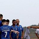 Ao lado de Ramon, Thaciano participa de primeiro treino pelo Bahia