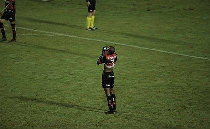 Vitória vai ter que golear o Grêmio em Porto Alegre para se classificar