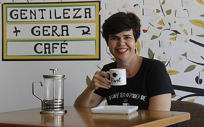 Selma seguiu o sexto sentindo e abriu, há um ano,  o Ravel Café