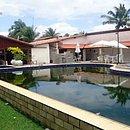 Casa em Camaçari custa R$466 mil