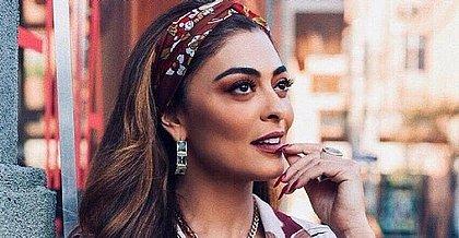 Ao atingir 21 milhões de seguidores, Juliana Paes fica pelada no Instagram