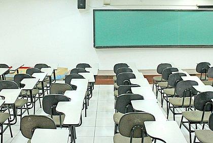 Em protocolo conjunto, município e estado decretam férias coletivas de professores