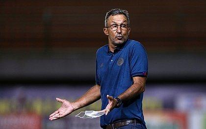 Técnico do time de transição do Bahia, Cláudio Prates falou sobre a eliminação no Baianão