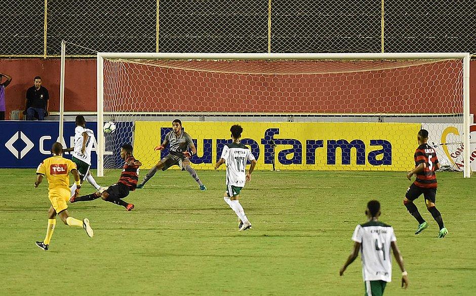 Vitória é goleado em casa na ida da final do Brasileiro Sub-20 - Jornal  CORREIO  e78bba2b661d3
