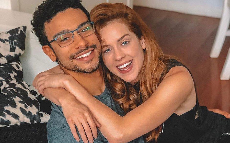 Sophia Abrahão comemora 5 anos de namoro com Sergio Malheiros