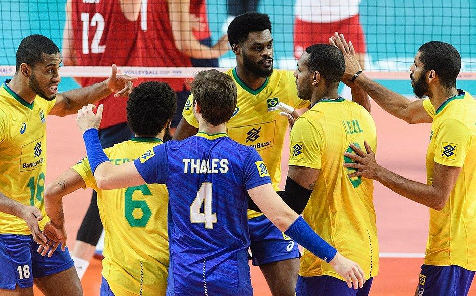 Brasil perde para os EUA na semi e cai na Liga das Nações