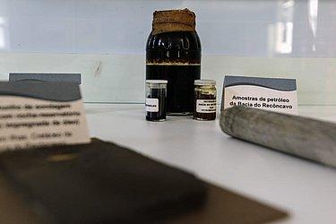 Sala é dedicada a explicar processo de extração do petróleo