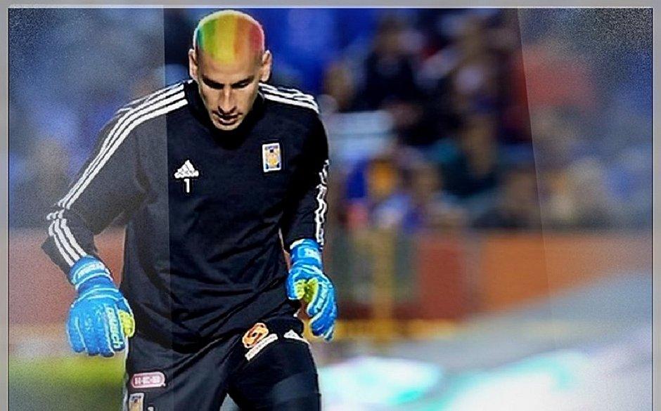 Goleiro da Argentina faz homenagem à comunidade LGBTQ+ em cabelo