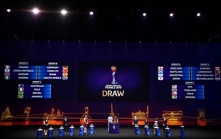 e646c6802f Inglaterra bate Espanha fora de casa na Liga da Nações - Jornal ...