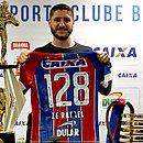 Zé Rafael se despediu do Bahia ao lado dos troféus que conquistou