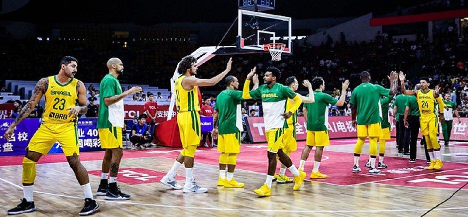 Brasil vence China em jogo preparatório para Mundial de Basquete