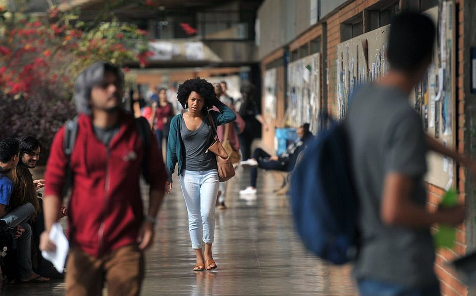 UnB anuncia expulsão de 15 alunos acusados de fraudar cotas raciais
