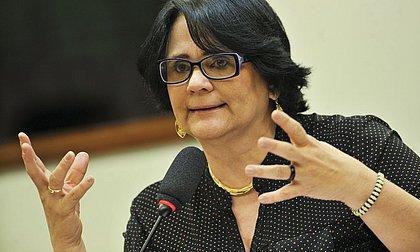 Ministra Damares Alves vai a Cachoeira para apurar ameaças de morte à prefeita